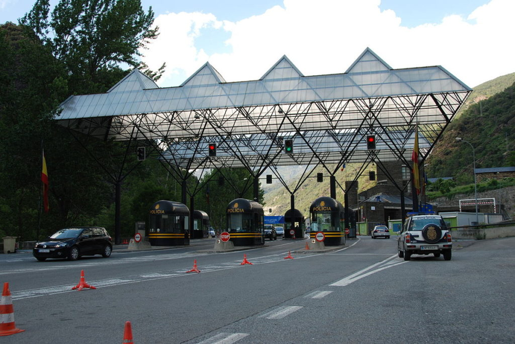 The border crossing into Spain or France can take longer on the way home due to customs.