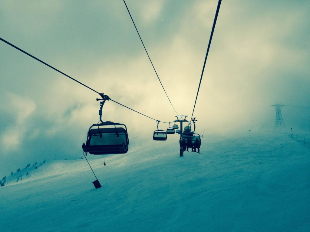 The slopes at Vallnord, including Arinsal, are served by several modern lifts.